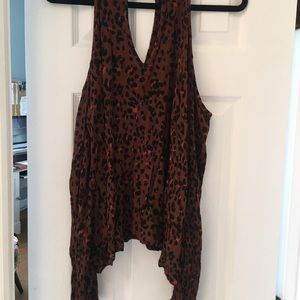 Long sleeve open shoulder leopard top